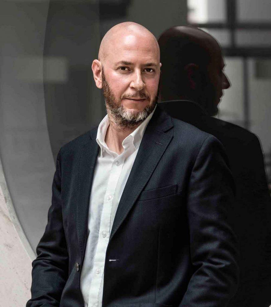 Javier Abeleira Experto en selección de perfiles digitales